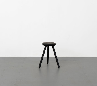 Volume-Website-Stool01