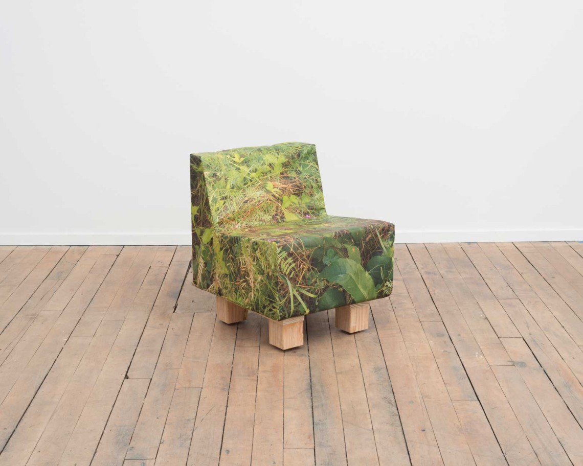 Volume-Website-MeadowChair